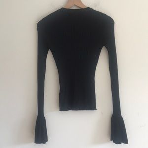HERA Collection Tops - NWT Hera Collection Ribbed Long Sleeve Blouse